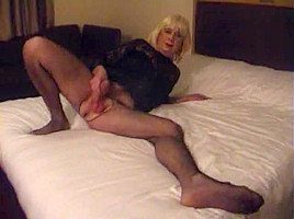 Pantyhose pleases his lover...
