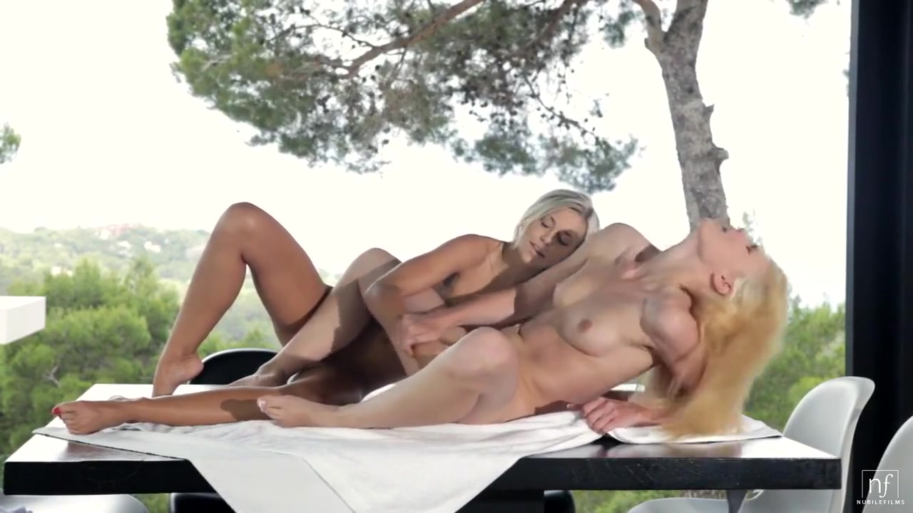 Ladies Play Without Boys - Lola Myluv