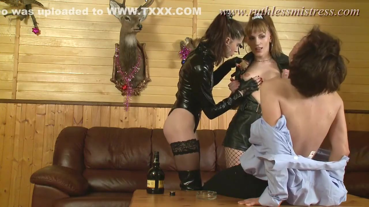 Two Latex-wearing Mistresses For One Slave - Olga Barz