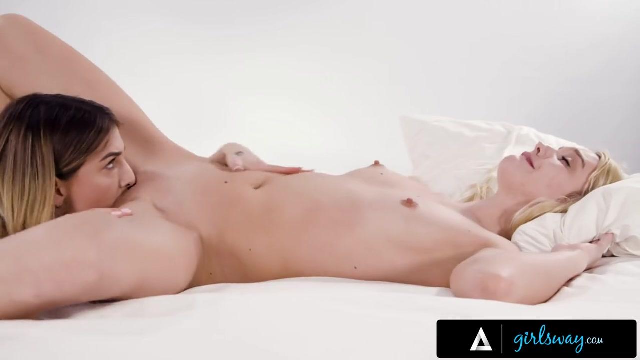 GIRLSWAY Kenna James Eats Kristen Scott