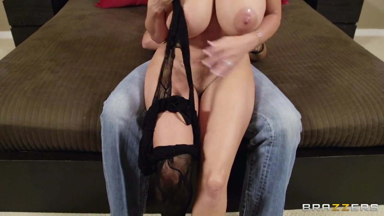 Holly Michaels Ass Licking