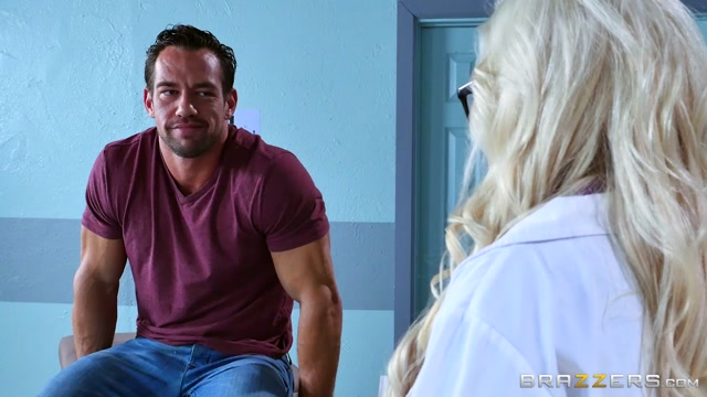 Savannah Stevens & Johnny Castle in Like What You See - Brazzers
