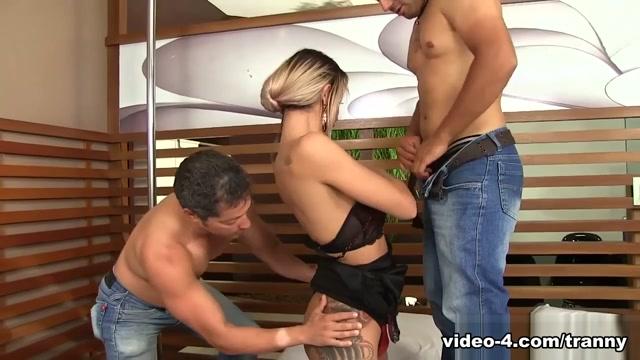 Bruninha Almeida in Sexy Tgril Bruninha Almeida Gets Her Asshole Filled With 2 Cocks - DreamTranny