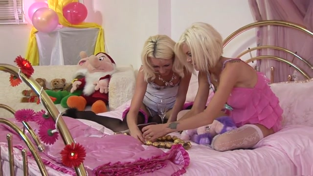 Best pornstars Cypress Isles and Delta White in amazing dp, blonde adult video