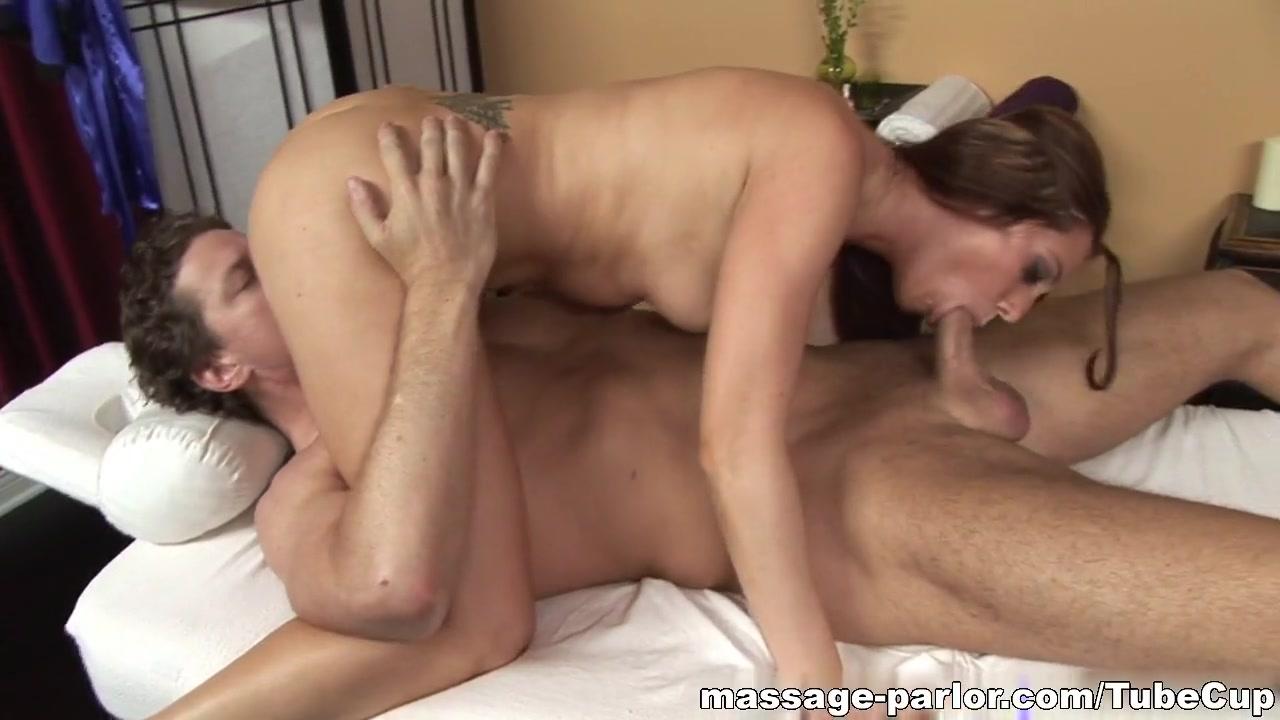 Massage-Parlor: A Core Massage