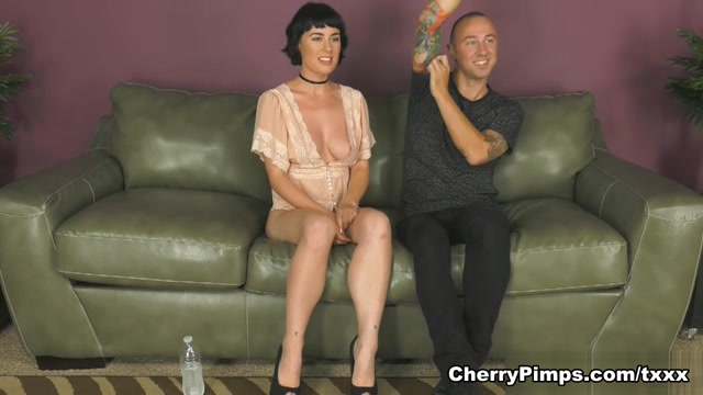 Chad Alva & Olive Glass in Sultry Beauty O- WildOnCam Glass - WildOnCam