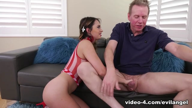 Quinn Wilde & Mark Wood in Big-Booty Cutie's After-Party Buttfuck - EvilAngel