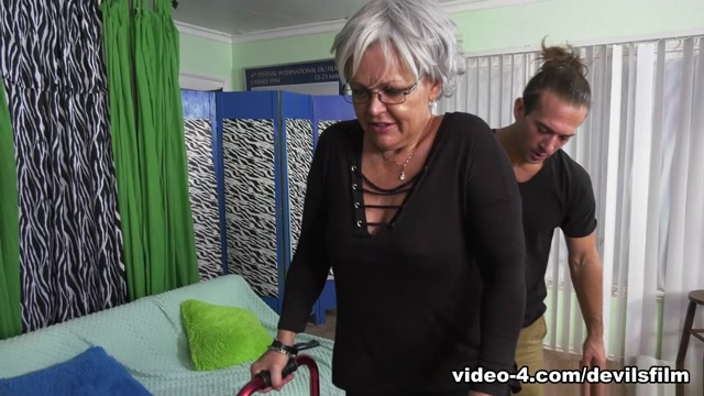 Kelly Leigh & T Stone in Horny Grannies Love To Fuck #12 - DevilsFilm