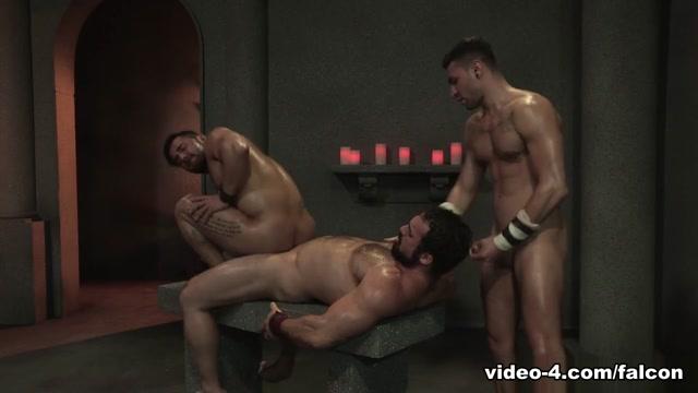Erectus XXX Video: Jaxton Wheeler, Bruno Bernal, Ian Greene - FalconStudios