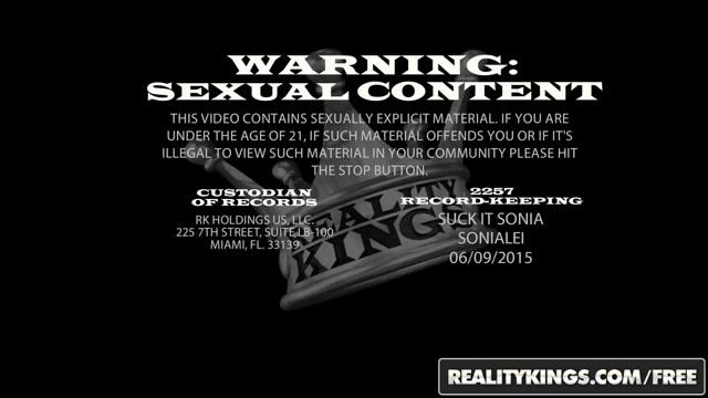 RealityKings - Monster Curves - Hollie Stevens Xander Corvus - Ass Attendant