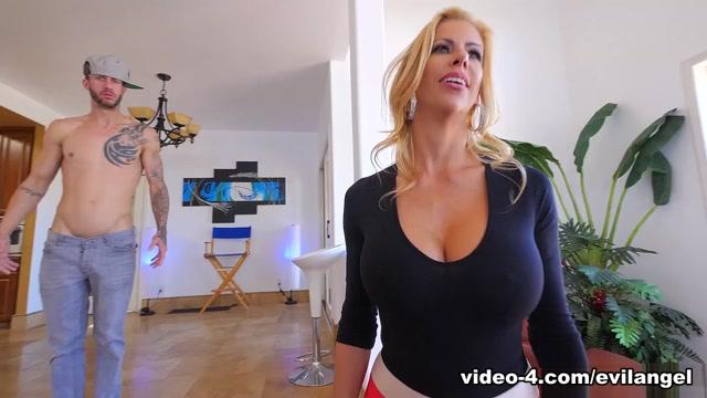 Alexis Fawx & Chris Strokes in Busty MILF Stepmom Alexis Mind-Fucked - EvilAngel