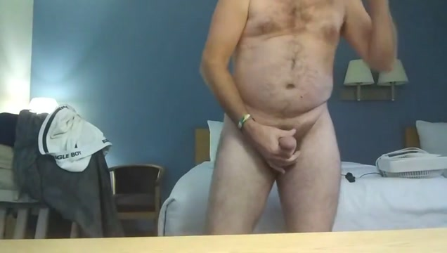 Cummy spurts in hotel for me