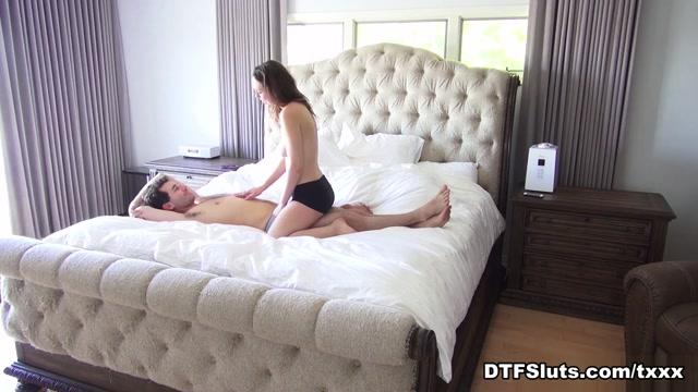 Jade Nile in Jade Nile's Massage Sex FTW - DTFSluts