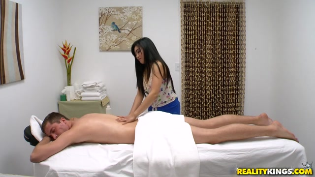 Ember Snow & Dylan Snow in One Hot Rubdown - HappyTugs