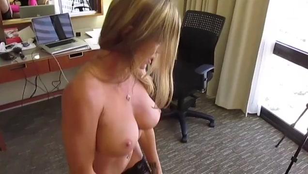 Amber Michaels and Nikita von James toy fuck.