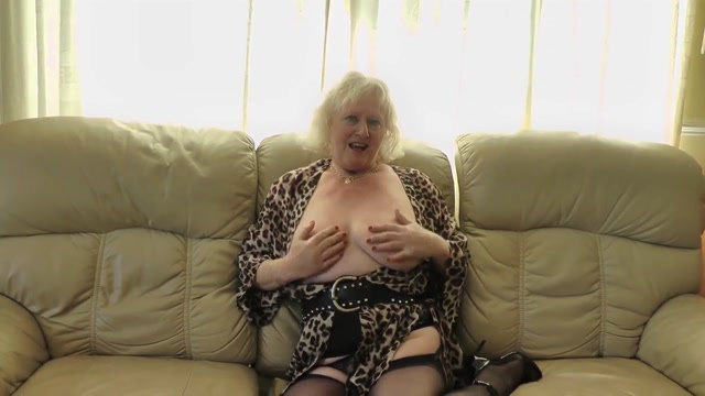 Claire Knight squirting on the sofa