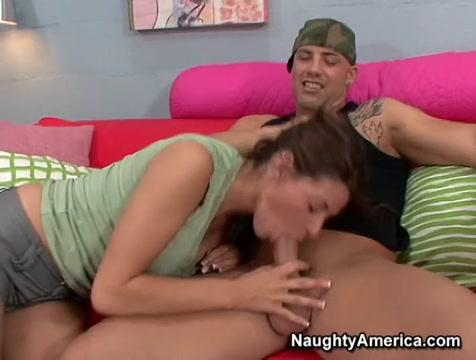 Madelyn Marie & Derrick Pierce in Naughty America