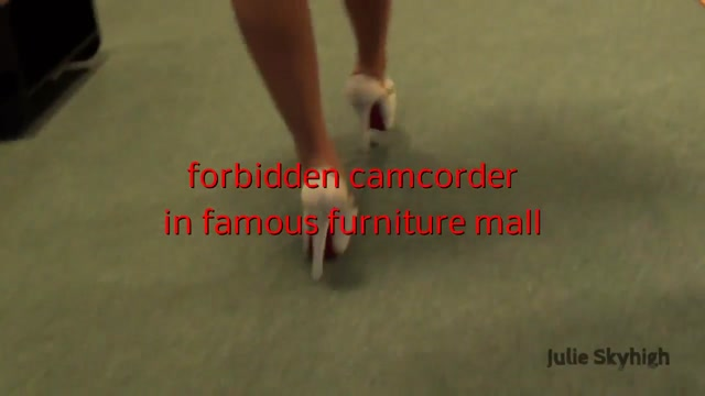 Buttplug and high heels