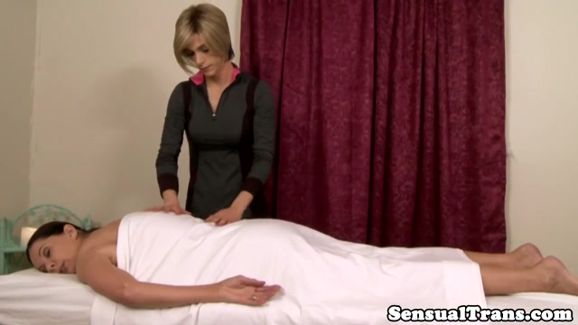Tgirl Nina Lawless pussyfucks massage client