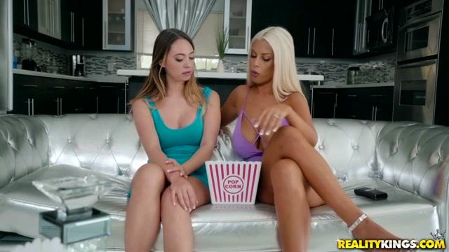 Bridgette B & Quinn Wilde in Private Film - MomsLickTeens