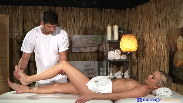 Cayla Lyons & Kristof Cale in Irresistible Touch - MassageRooms