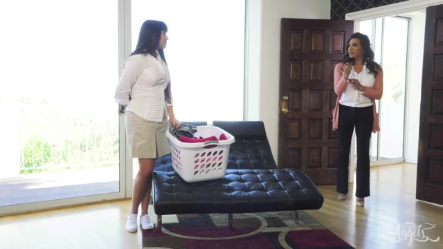 Mercedes Carrera & Jessy Dubai & Chanel Santini in Jessy and Chanel Get Laid by the Maid - TransAngels