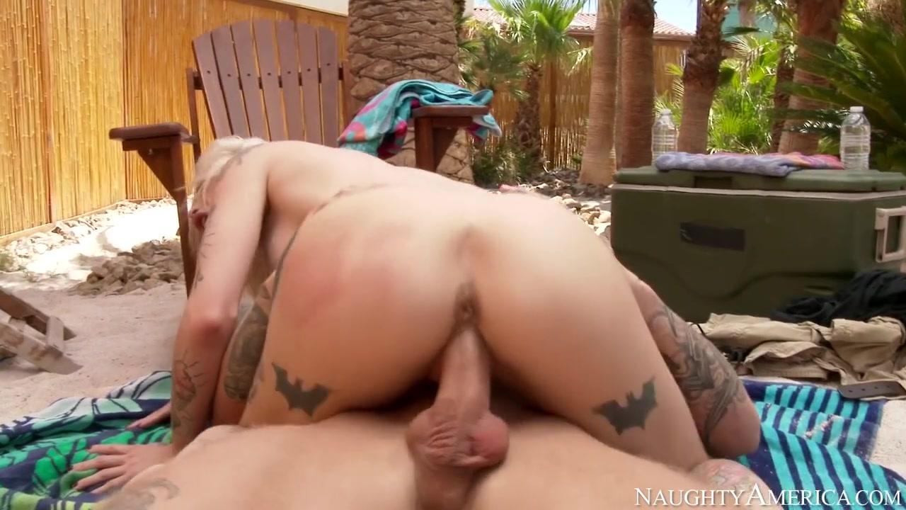 Kleio Valentien & Richie Black in Neighbor Affair