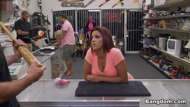 Mia Martinez in Home run audition in the XXX Pawn Shop - BangBros
