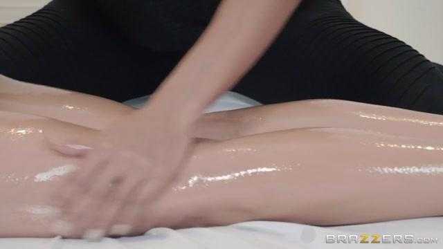 Ayumi Anime & Darcie Dolce in Slippery Scissoring - BrazzersNetwork