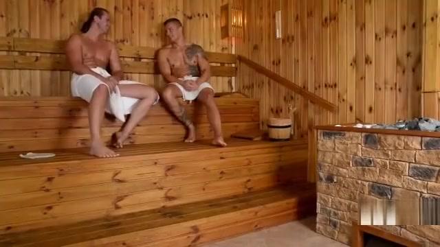 lucie wilde lucie s sauna cum bath