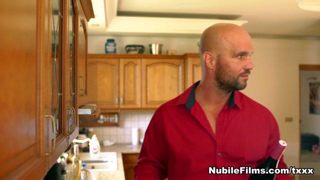 Larry Steel & Victoria Pure in Set The Mood - NubileFilms