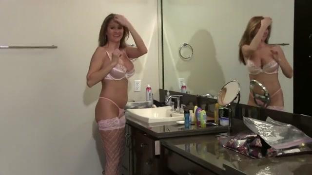 Hot Wife Rio Bathroom Fuck