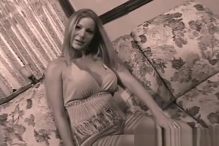 Amber Michaels Loves Getting Her Pussy Ate In The Morning