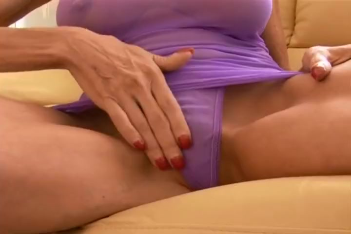 Sexy Blonde Sasha Samuels At Home With Two Guys Fucking
