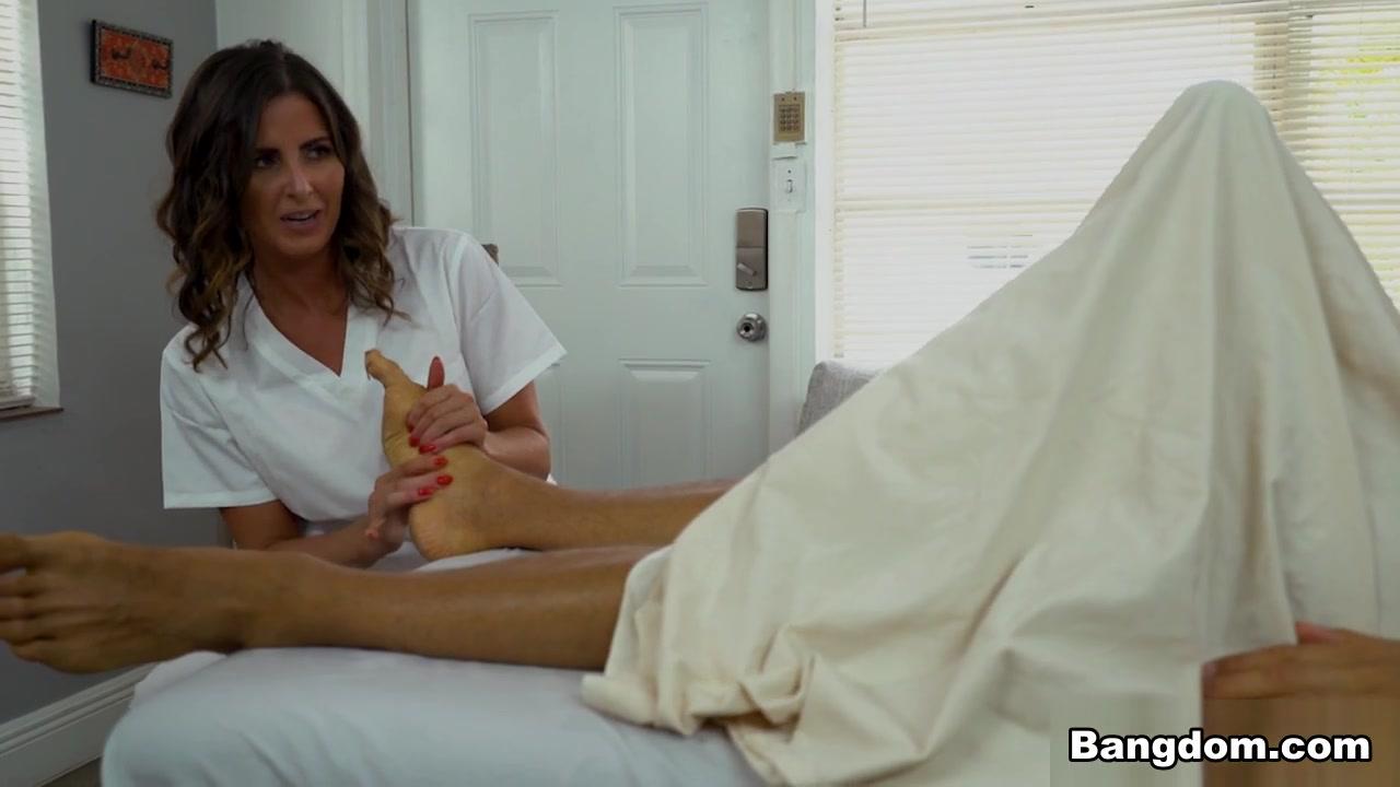 Helena price vlad Helena Price Vlad In Giant Dick Fits In Tiny Pussy Bangbros Porn Video Hotmovs Com