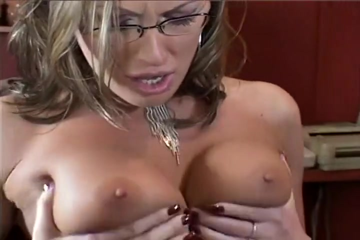 Frank Gunn Fills Mandy Bright With His Juices