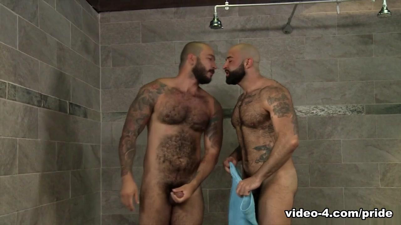 Atlas Grant & Julian Torres in Wet Bears - PrideStudios