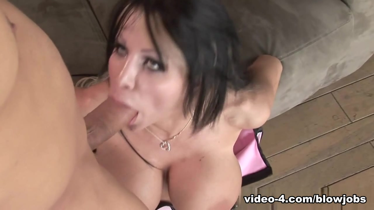 Blowjobs-Hd Video: Danielle Derek