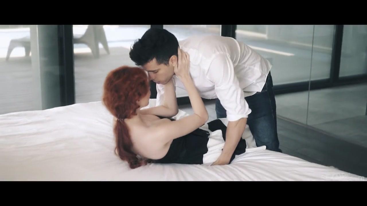 Elevator Part 4 - Gisha Forza & Alberto Blanco - SexArt
