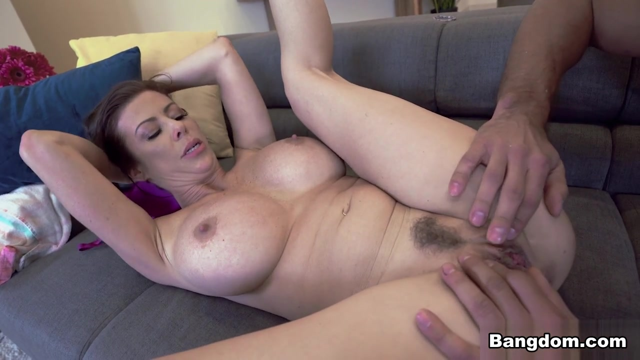 Alexis Fawx & Johnny Castle in Alexis Fawx Loves To Fuck - BigTitsRoundAsses