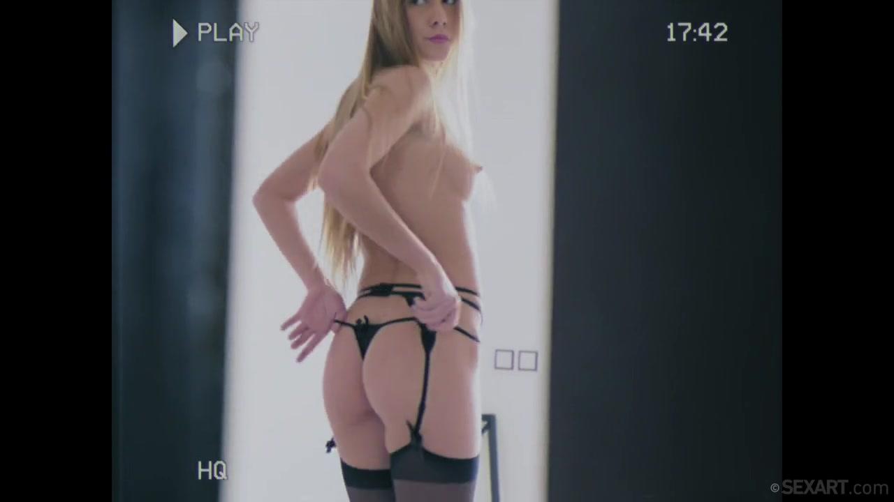 Mutual Masturbation - Alexis Crystal & Juan Lucho - SexArt