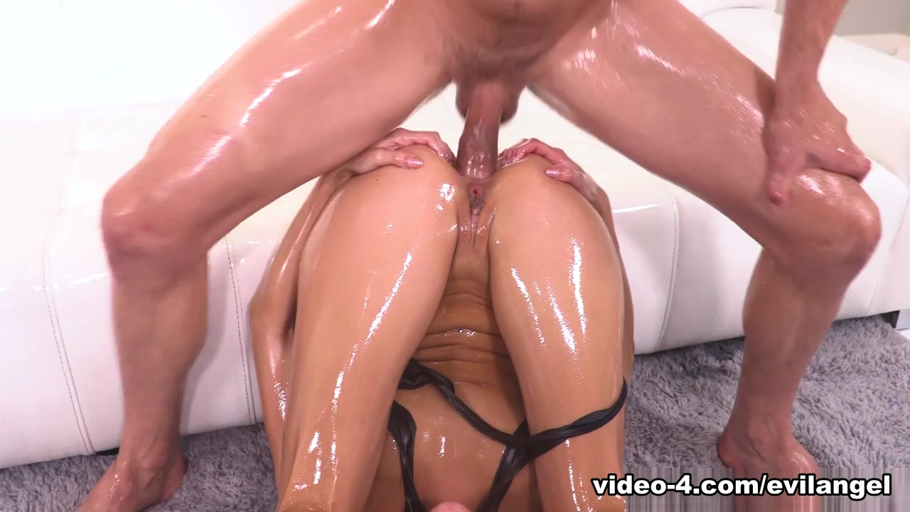 Emily Willis & Mick Blue in Latina Emily Willis: Oil-Drenched Anal - EvilAngel