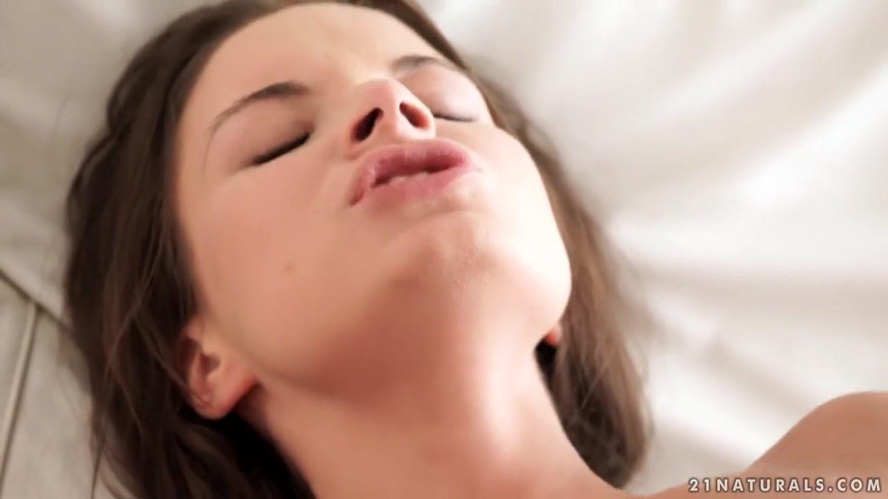 21EroticAnal - Anita Bellini - Petite And Naughty