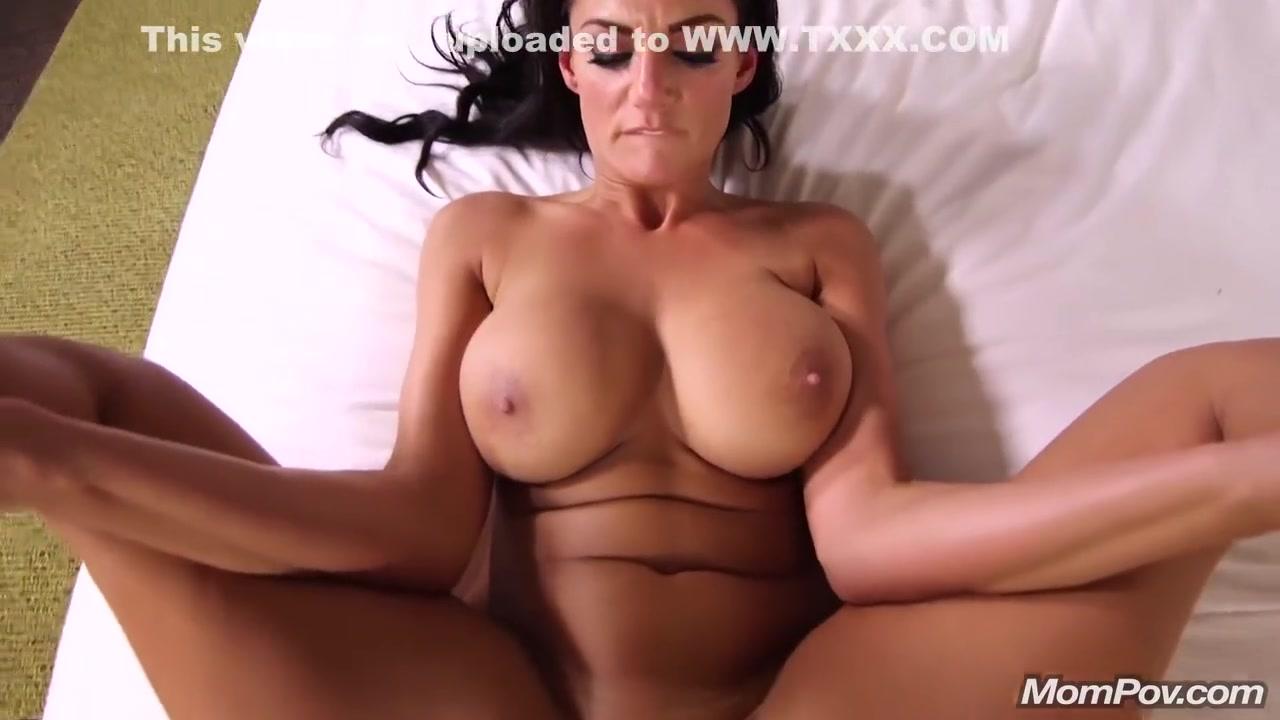 MomPOV - Becky Bandini