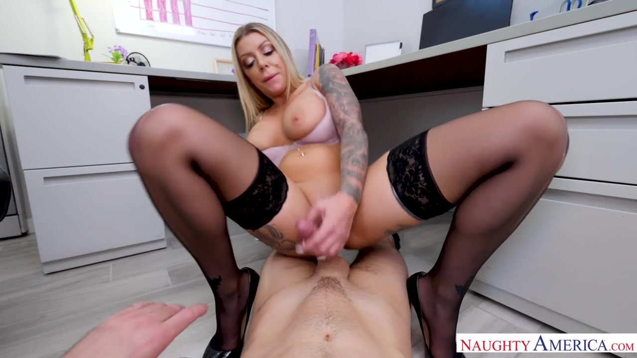 Karma Rx Wants You To Fuck Her Until She's Famous - NaughtyOffice