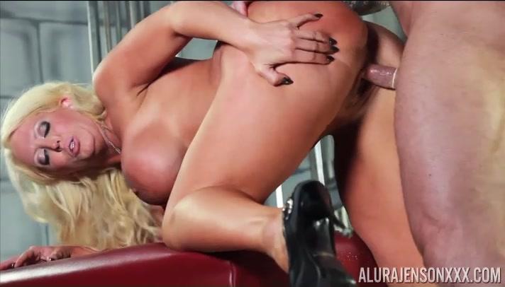 Alura Jenson, Foxxy and Zeb Atlas Threesome - AluraJensonXXX