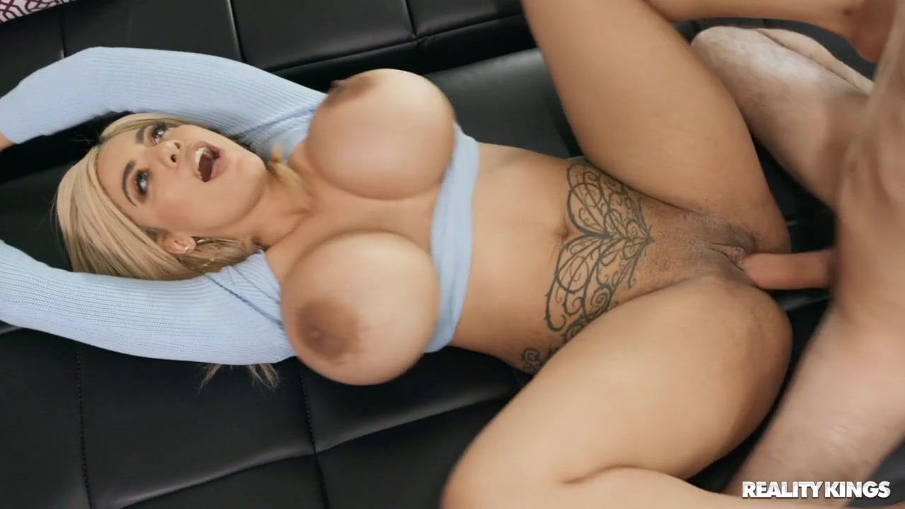 Amber Alena in Lost Lil Humper - LilHumpers