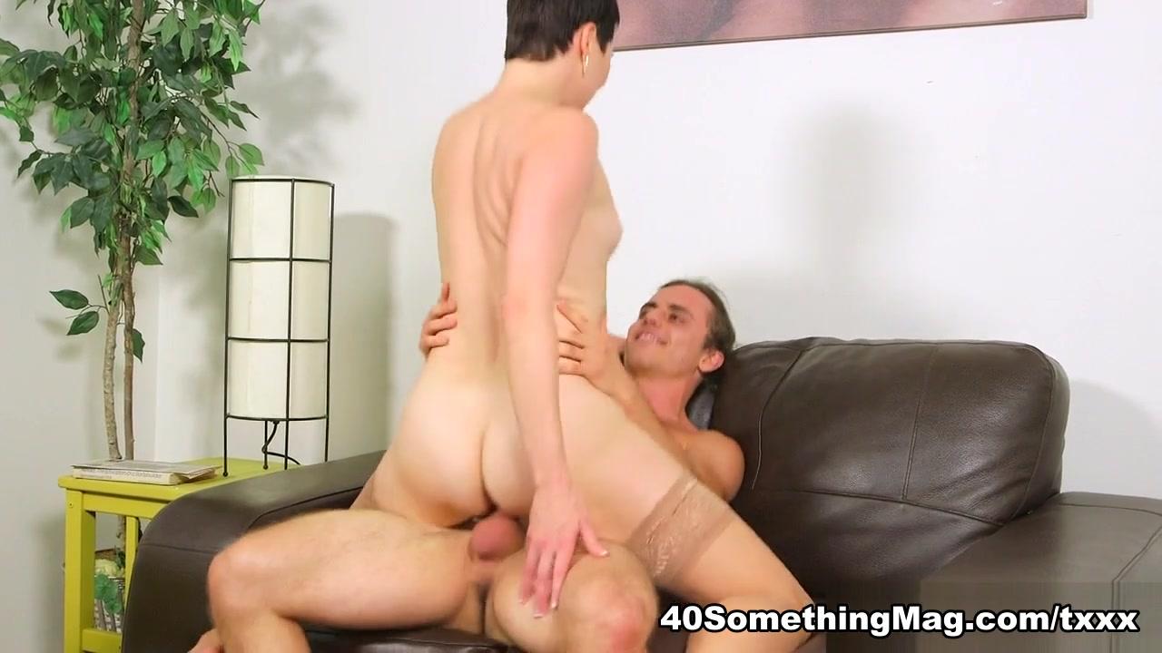 Sends dick pic, shoves his dick in Kali's ass - Kali Karinena and Ivan Nukes - 40SomethingMag