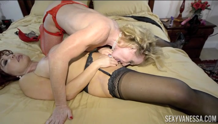 "Sexy Vanessa and Amanda Verhooks Two Sexy MILF""S at Play! - SexyVanessa"