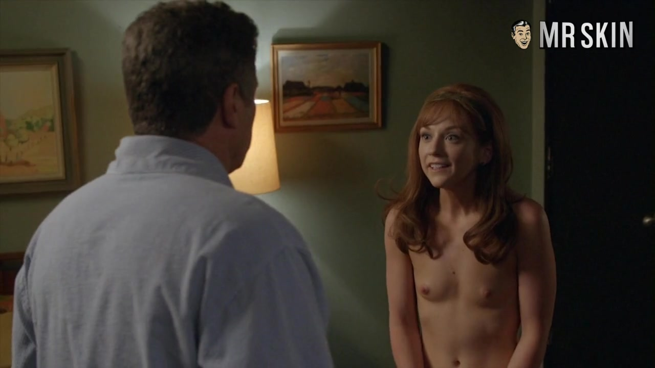 Turn Happytime to Fappytime with Elizabeth Banks Nude - Mr.Skin